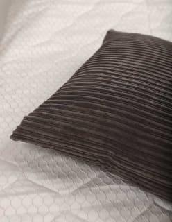RETU -tyynynpäällinen tummaharmaa