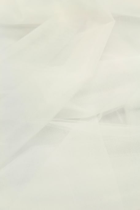 YLEISTYLLI- pehmeä valkoinen