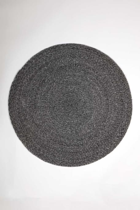 SAARI -matto D140 tummaharmaa